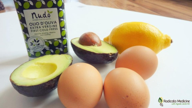 You only need 4 ingredients: pastured eggs + avocado + lemon + extra-virgin olive oil