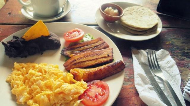 My favorite breakfast: el típico
