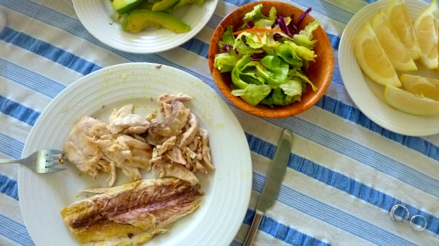 This is a meal we cooked on the BBQ on the balcony of our room on a road trip (Rainbow Beach, Australia). [local fish + salad + avocado + lime + olive oil... there was probably some chocolate after ;) ]